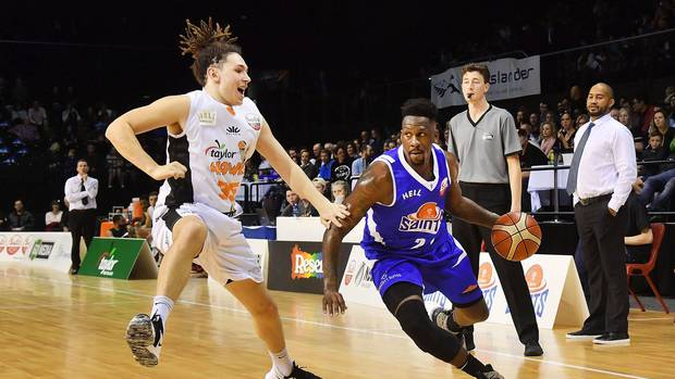 Mitch Newton making most of court time in debut season with Hawks in the NBL
