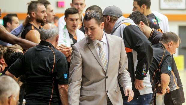 Basketball: Hawke's Bay franchise extend Zico Coronel's tenure as coach for another year